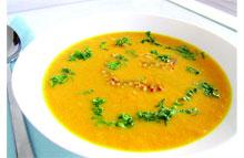 Gele paprikasoep met tomaat & dille